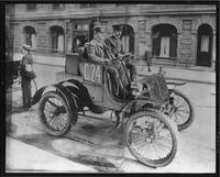 1901 Packard with driver and passenger
