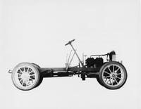 1905 Packard Model N stripped chassis, right elevation