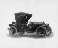 1908 Packard 30 Model UA runabout with victoria top closed