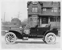 1908 Packard 30 Model UA close-coupled with rumble seat, left side