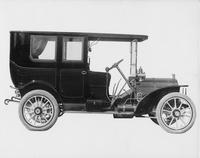 1908 Packard 30 Model UA limousine, right side