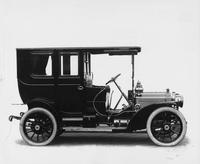 1909 Packard 18 Model NA limousine, right side view