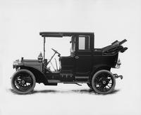 1909 Packard 18 Model NA landaulet, left side view, back quarter collapsed