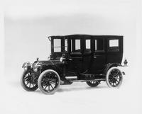 1910 Packard 30 Model UC fore-door limousine, three-quarter front view, left side