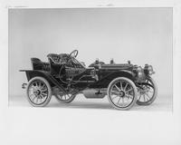 1910 Packard 18 Model NBS runabout, three-quarter front view, right side