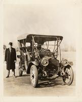 1911 Packard 30 Model UD with owner Leo Bruening
