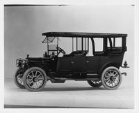 1911 Packard 30 Model UD touring car, three-quarter front view, left side