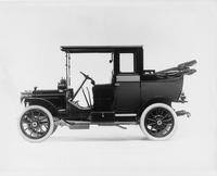 1911 Packard 18 Model NC landaulet, back quarter lowered, left side