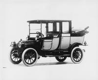 1912 Packard 18 Model NE landaulet, three-quarter front view, left side