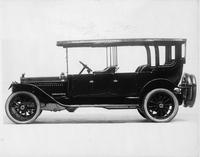 1913 Packard 48 touring car, left side, spare tires carried at back