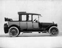1914 Packard 2-38 landaulet, right side, quarter collapsed