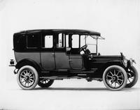 1914 Packard 48 two-toned imperial limousine, right side