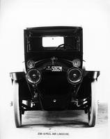 1914 Packard 2-38 imperial limousine, front view