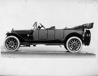 1915 Packard 3-38 two-toned special touring car, right side view