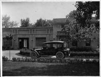 1916 Packard 1-25 phaeton in front of H.N. Jorrey's garage, Grosse Pointe, Mich.