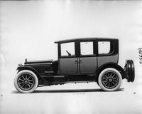 1917 Packard two-toned brougham, left side view