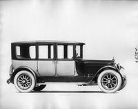 1918 Packard two-toned salon brougham, right side view