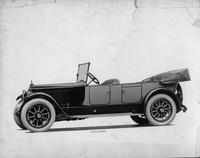 1918-1919 Packard two-toned standard touring car, seven-eights left side front view, top folded