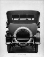 1918-1919 Packard touring car, rear view