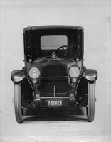 1918-1919 Packard limousine, front view
