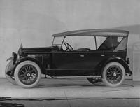 1921-1922 Packard touring car, seven-eights left front view, top raised