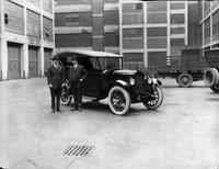 1921-1922 Packard touring car at Packard plant with Alvan Macauley