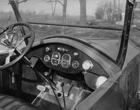1921-1922 Packard test car, view of front instrument panel