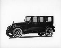 1921-1922 Packard special enclosed-drive limousine, nine-tenths left front view