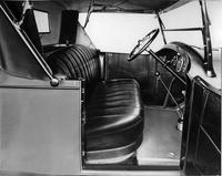 1922 Packard runabout, view of interior from passenger side door