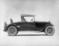 1920-1923 Packard runabout, right side view, top raised