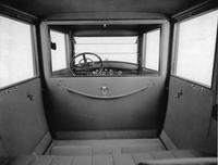 1920-1923 Packard duplex coupe, view of rear interior from rear seat