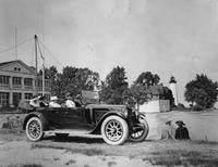1920-1923 Packard phaeton, three-quarter right front view, at Windmill Point