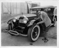 1924 Packard 226 sport model, owner Conway Tearle testing tire