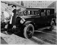 1925-1926 Packard sedan with woman on bumper