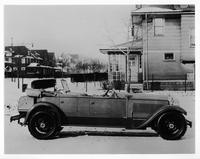 1927 Packard special sport phaeton parked on residential street