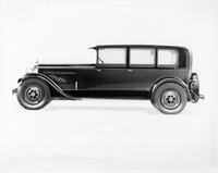 1927 Packard sedan, left side view