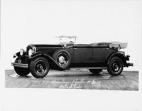 1929 Packard convertible sedan, seven-eights left front view, top folded