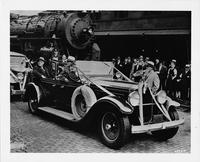 1929 Packard with President Roosevelt at a Pittsburgh train station