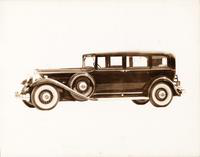 1932 Packard sedan limousine, nine-tenths left side view