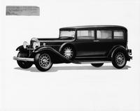 1932 Packard sedan limousine, seven-eights left side view