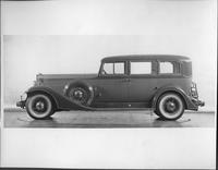 1933 Packard sedan, left side view