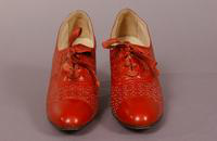 Women's red calf tie oxfords from the late '20s or early '30s