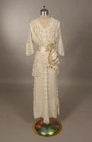 White wool crepe dress from the early twentieth century