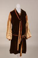 Brown velvet dress from the 1920s