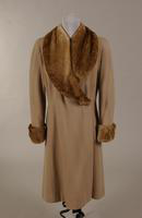 Women's beige wool coat from the 1940s