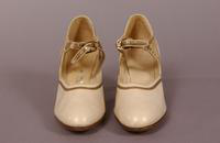 Women's beige leather strap shoes from the mid '20s to early '40s