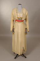 Cream wool crepe dress from the early twentieth century