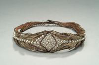 Tiara of Brown Net with Gold Leafs and Pearls, 1924