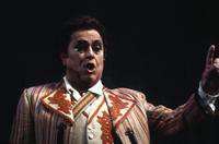 Pablo Elvira as Figaro