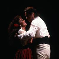 Irina Mishura as Carmen and Richard di Renzis as Don Jose. Cast 1